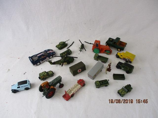 Job lot of die cast models, to include Dinky,Matchbox, Hornby etc.  image
