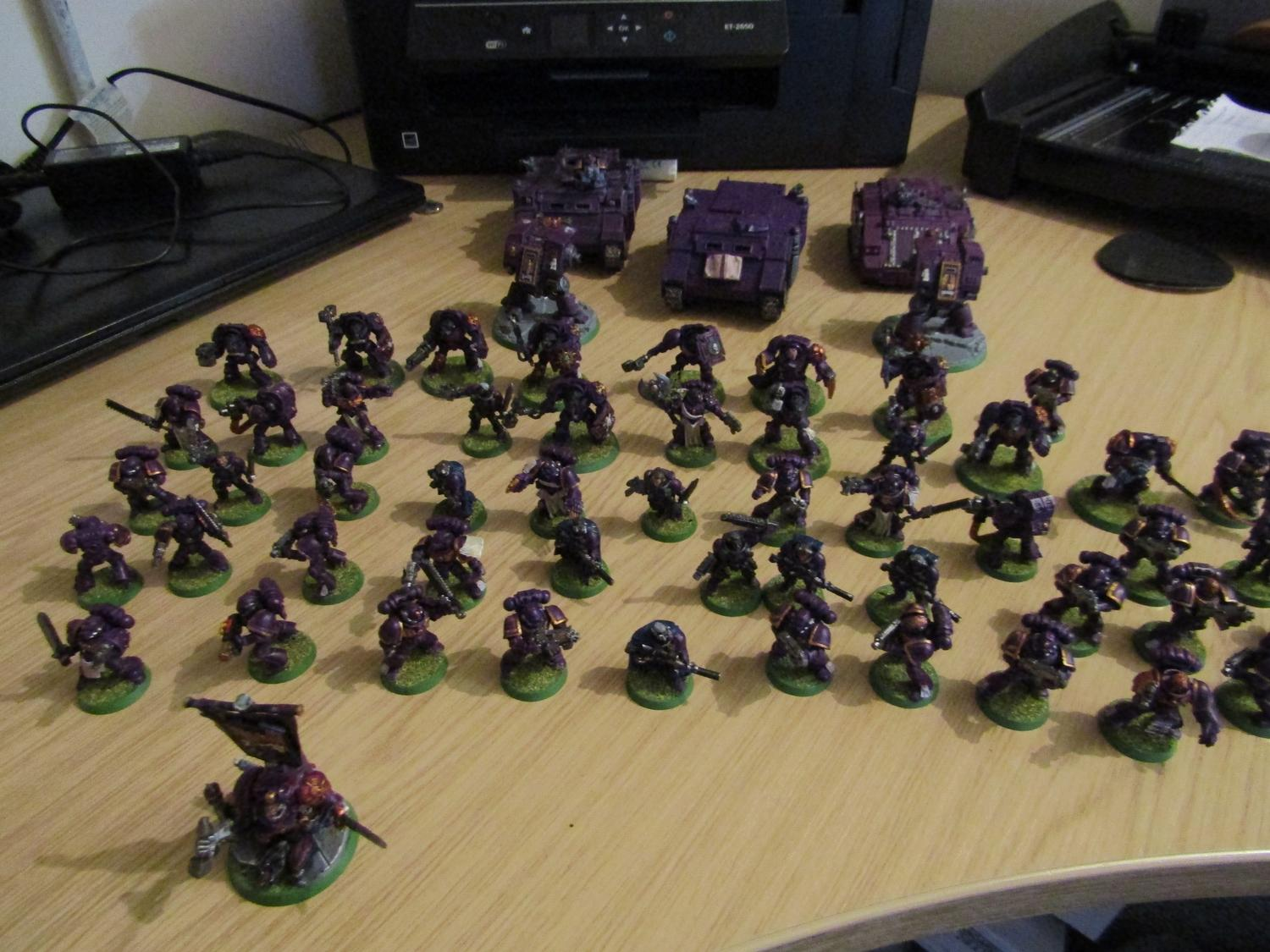 Warhammer 40000 Space Marines Army very well painted  image