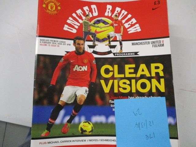Manchester United Review football programme magazine . 2012/2013/2014  image