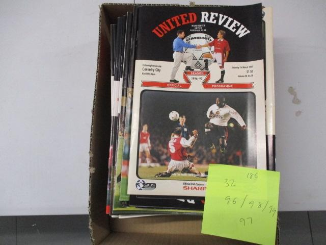 Manchester United Review football programme magazine .1996/1997/198/1999 qty 32  image