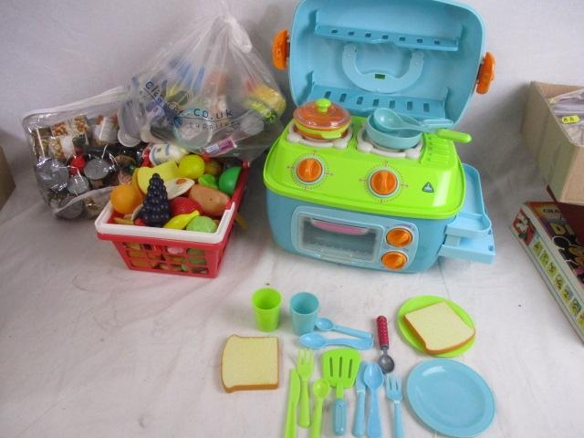Early learning centre , to include cook and sizzle cooker with utensils, plus quantity of play food and basket.  image