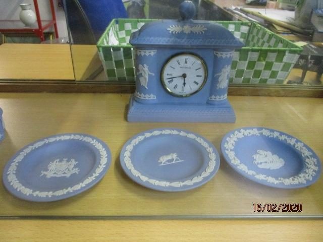 Jasper ware Wedgwood bundle to include bicentenary clock and a trio of plates.  image
