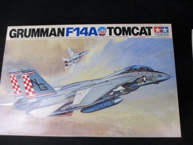 Tamiya Grumman F14a Tomcat 1/32nd scale part built  image