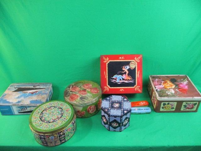 Collection of vintage tins  image