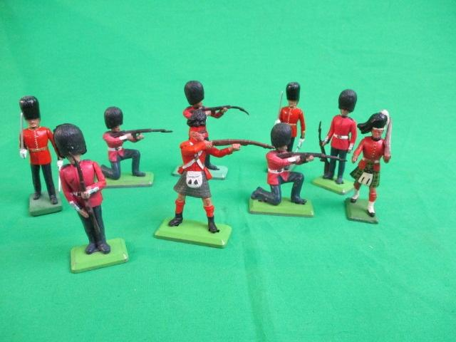 9 x assorted Britains soldiers.  image