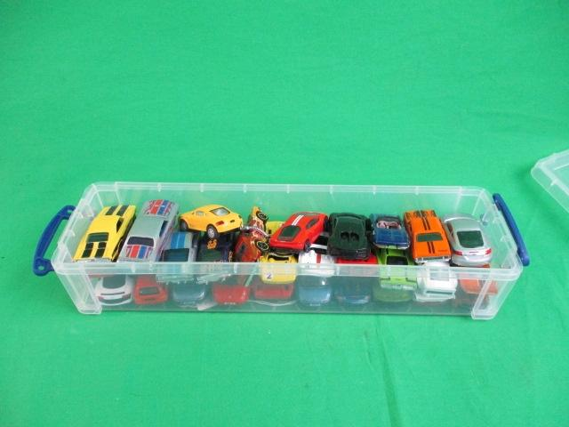 Collection of diecast cars, mainly hotwheels all in good order.  image